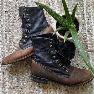 Justin Lace up Boots
